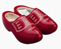 Woodenshoes Holland Red